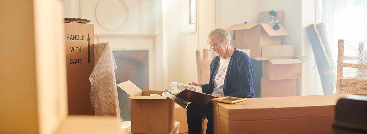 Senior Moving Downsizing: Preserve Memories & Space